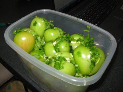 помидоры в кастрюле на зиму