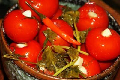 маринованные помидоры без зелени