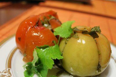 как засолить зеленые помидоры в ведре холодным способом