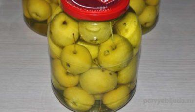 яблоки на зиму без сахара в банках