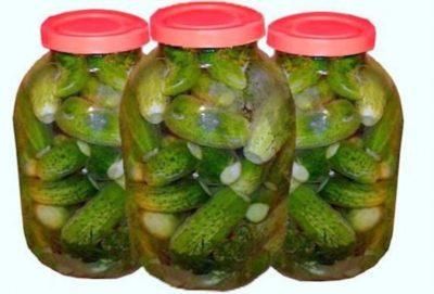 огурцы на зиму в пластиковых бутылках