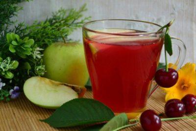 компот из ежевики и яблок на зиму