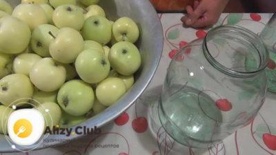 компот из целых яблок на зиму